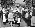 Bundesarchiv Bild 183-L0602-0329, Prag, Weltfestspiele, Gruppe aus Böhmen.jpg