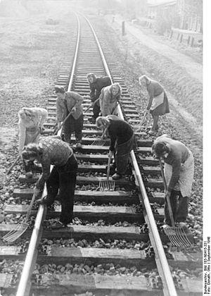 Bad Kleinen–Rostock railway - Reconstruction of the Rostock– Schwaan section in 1948