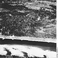 Bundesarchiv Bild 195-2281, Rheinbefliegung, Istein.jpg