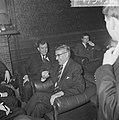 Burgemeester Thomassen van Enschede bracht bezoek aan Rotterdamse studentensocie, Bestanddeelnr 917-5492.jpg