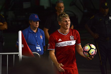 Schweinsteiger prepares to take a corner kick for Chicago in 2017. CINvCHI 2017-06-28 - Bastian Schweinsteiger preps for corner.jpg