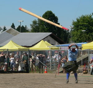 The caber toss event at the 2005 Pacific North...