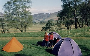 English: Camping in the grounds of the Glenshe...