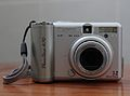 Canon PowerShot A70 (front).JPG
