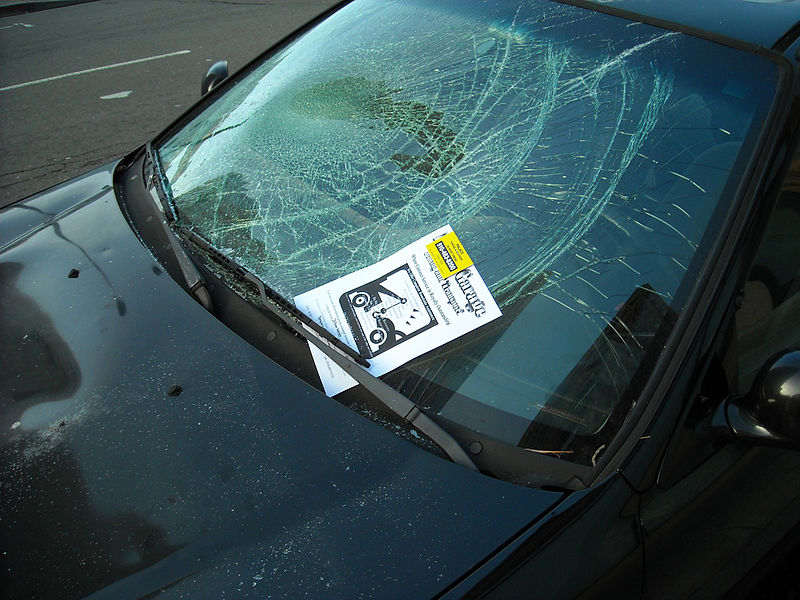 File:Car with Broken Windshield.jpg