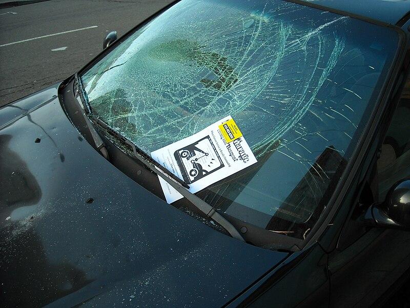 File:Car with Broken Windshield.jpg