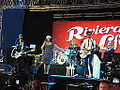 Caro Emerald performing at Isle of Wight Festival 2012 2.JPG