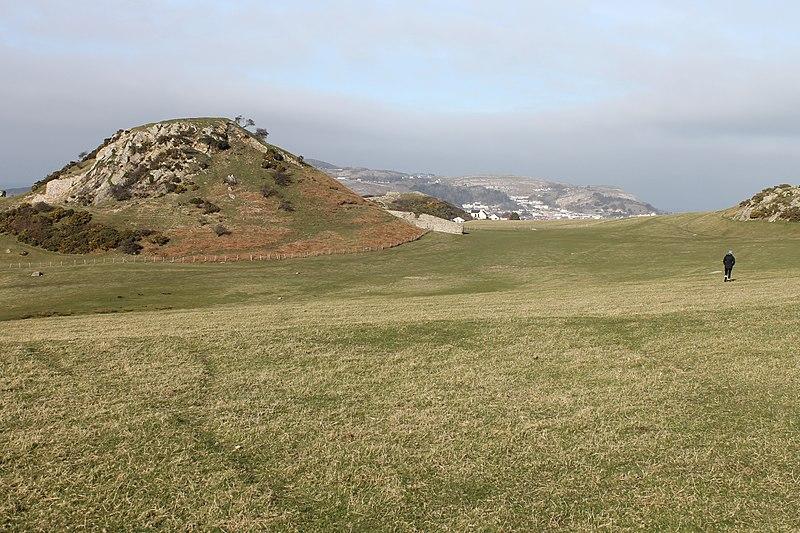 File:Castell Degannwy Deganwy Castle Sir Ddinbych Wales 06.JPG