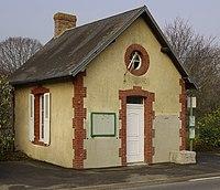 Caumont-sur-Orne mairie.JPG