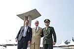 Cerimônia da Imposição da Medalha da Vitória e comemoração do Dia da Vitória, no Monumento Nacional aos Mortos da 2ª Guerra Mundial (26885858806).jpg