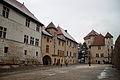 Château d'Annecy, cours, bâtiments.JPG