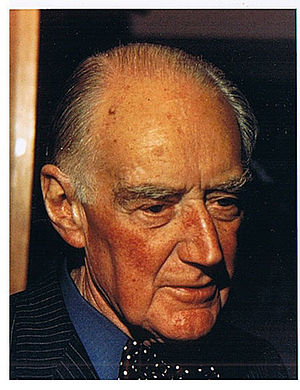 Geoffrey Vickers - Geoffrey Vickers in 1973
