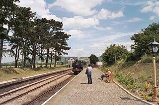 Cheltenham Racecourse railway station