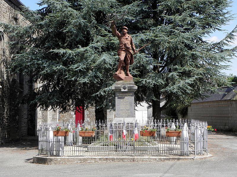 Monument aux morts de Chevaigné-du-Maine (53).