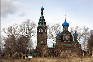Church of the Protection of the Theotokos (Cherkizovo) 04.jpg