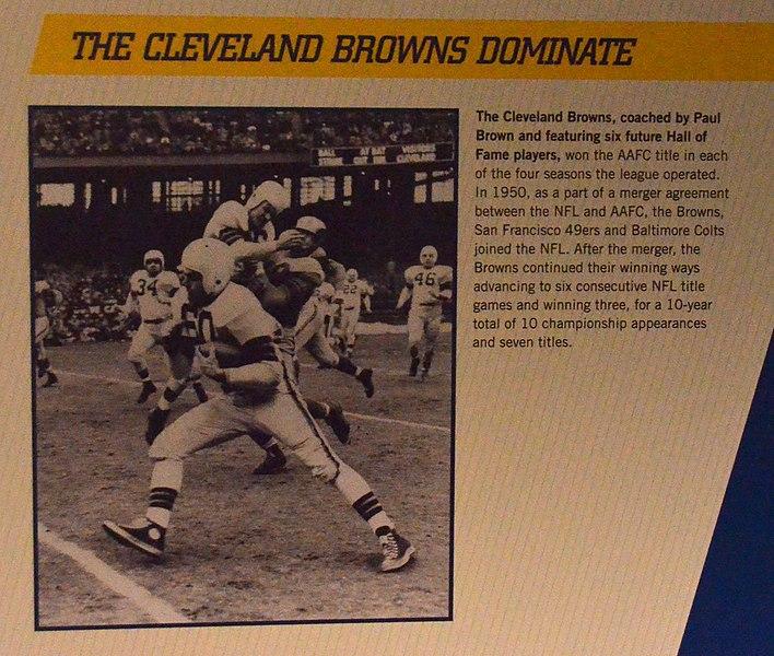 File:Cleveland Browns (11282083915).jpg