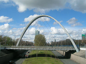 Hulme Arch Bridge - Image: Close view of Hulme Arch