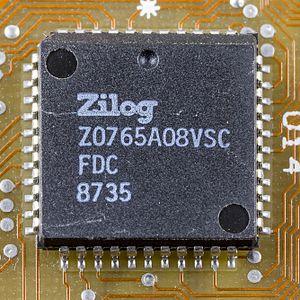 Floppy-disk controller - Zilog Z765A