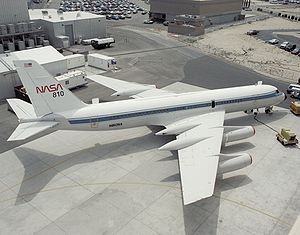 Anti-shock body - NASA Convair 990 with antishock bodies on the rear of the wings.
