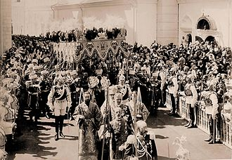 Carl Gustaf Emil Mannerheim - After his coronation, Nicholas II of Russia leaves Dormition Cathedral. The Chevalier Guard Lieutenant marching in front to the Tsar's right is Mannerheim.