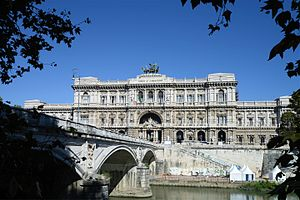 Palace of Justice, Rome - The Palace seen from the Tiber riverside