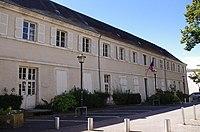 Couvent des Augustins, actuellement mairie de Le Blanc.jpg