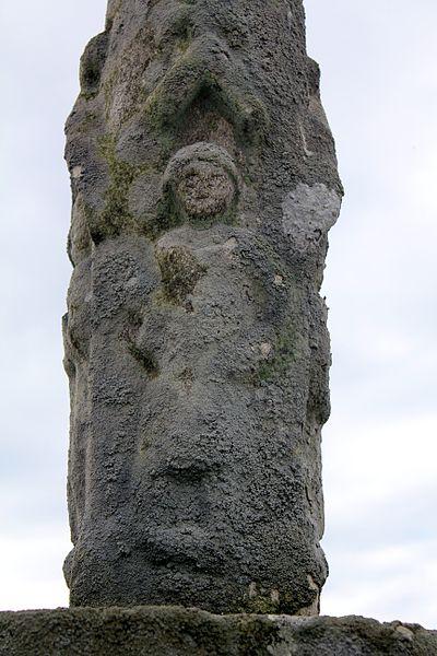 Croix de cimetière (Grand-Champ): personnage 3