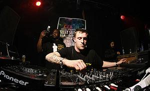 DJ Hatcha - Hatcha mixing live in 2008