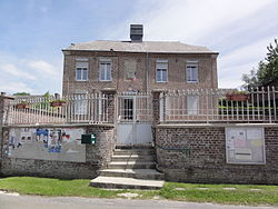 Dagny-Lambercy (Aisne) mairie-école.JPG