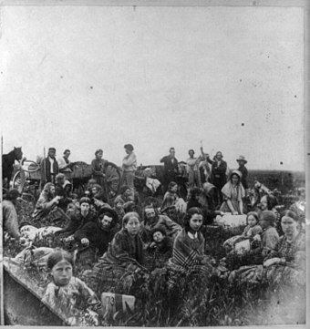 Settlers escaping the Dakota War of 1862 Dakota War of 1862-stereo-right.jpg