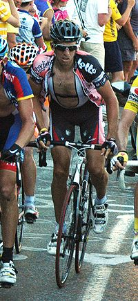 Dario Cioni (Tour de France 2007 - stage 7).jpg