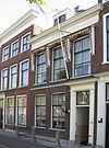 foto van Pand van parterre met verdieping ter breedte van drie assen