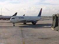 Delta Boeing 767-300ER FLL.JPG