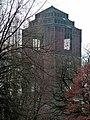 Der Förderturm Schacht 4 der Zeche Osterfeld wurde in den 20er Jahren erbaut - panoramio.jpg