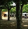 Der Platanenhain wurde bereits 1830 angelegt. - panoramio.jpg