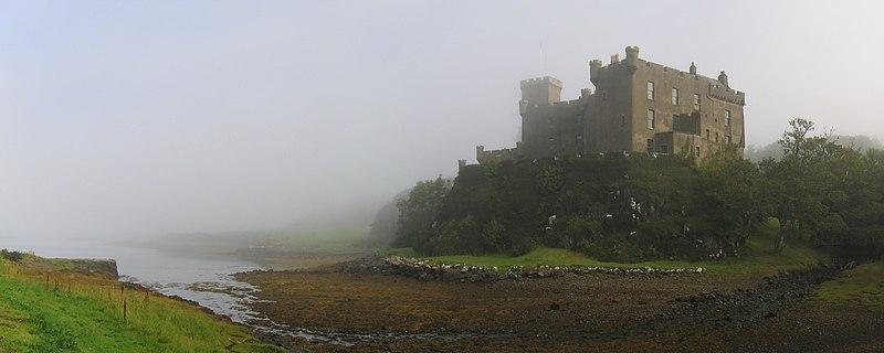 File:Dunvegan Castle in the mist01editcrop 2007-08-22.jpg