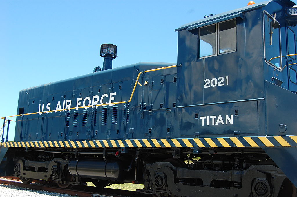 Electro Motive Diesel Inc Emd On Pinterest General Motors Diesel Locomotive And Traction