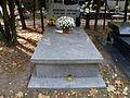 Edward Ochab - Cmentarz Wojskowy na Powązkach (16).JPG