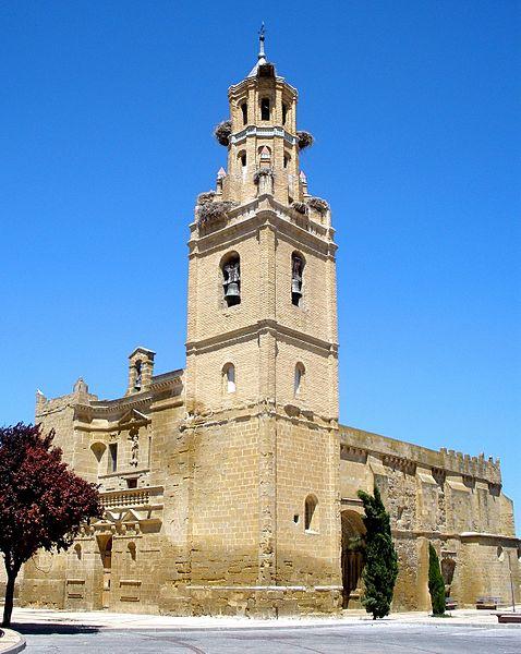 File:Ejea de los Caballeros - Iglesia de Santa Maria de la Corona 01.jpg