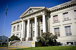 Elko County Courthouse (Elko, Nevada).jpg
