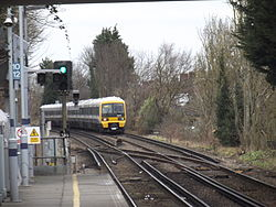 Elmers End train 2015 1.JPG