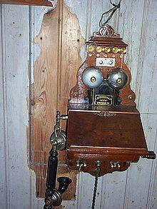 Ericsson Telefon historisch 1.jpg