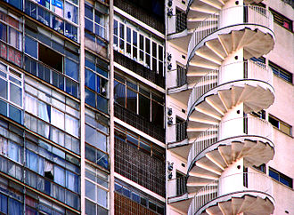 Edifício Copan - Image: Escada de emergência Edifício Copan, São Paulo SP Brasil