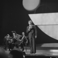 Eurovision Song Contest 1976 rehearsals - Portugal - Carlos do Carmo 1.png