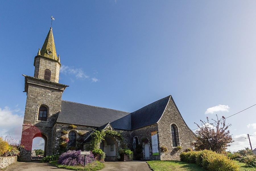 Français:  Extérieur de l'église Saint Théo, Le Bodéo (France).