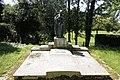 Faringdon Tomb, St Michael's churchyard, Eaton Hastings.jpg