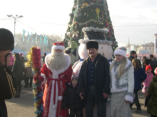 Father Frost and Family (5402389976)