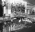Fauna op damesbeurs Amsterdam, Bestanddeelnr 905-0250.jpg
