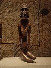 Figure féminine moai kavakava