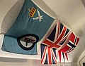Flagg Luftforsvarets seremoniflagg Britisk Norsk orlogsflagg splittflagg Norwegian Air Force flag British Union Jack Naval ensign of Norway. Færder militærhistoriske museum Military History Torås Fort Tjøme 2021 IMG 4783.jpg